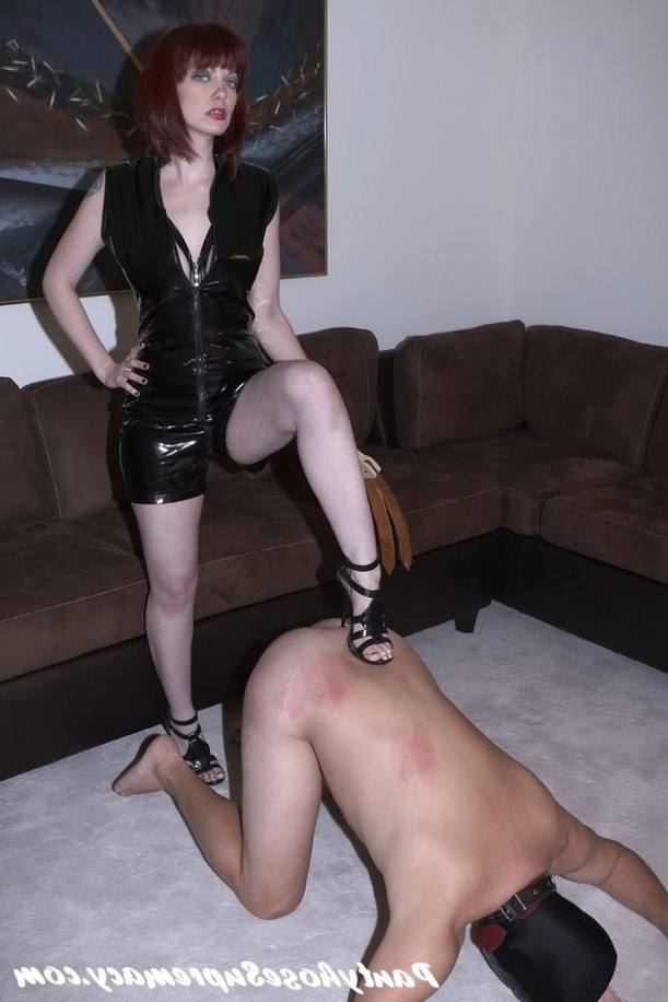 pantyhose female domination ball busting, facesiting, dominatrix, femdom, mistress, submissive males, cuckolds