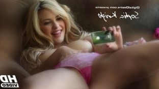 Sophia Knight takes naughty videos of herself on her phone « Venus Archives