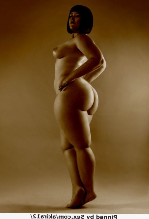 Incredible photo with stunning full-figured