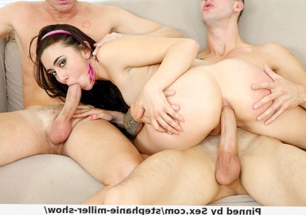 Mandy Muse and 2 horny fuckers