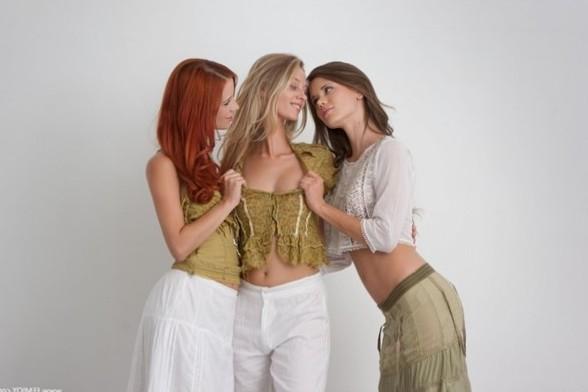 Caprice, Ariel, Carisha