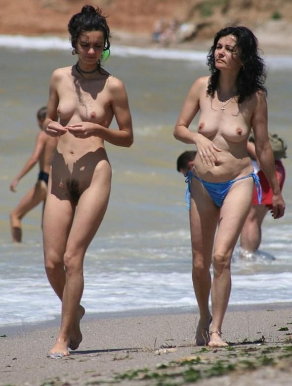 Nude and Beach - Beach Hunters Sex
