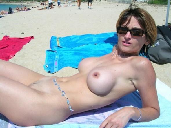 Fucking Beach - Nude Blonde Beach Teen